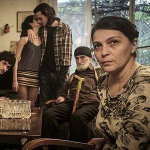 Filmajánló: Az én boldog családom – A legcsendesebb hősnővel, akit filmvásznon valaha láttam