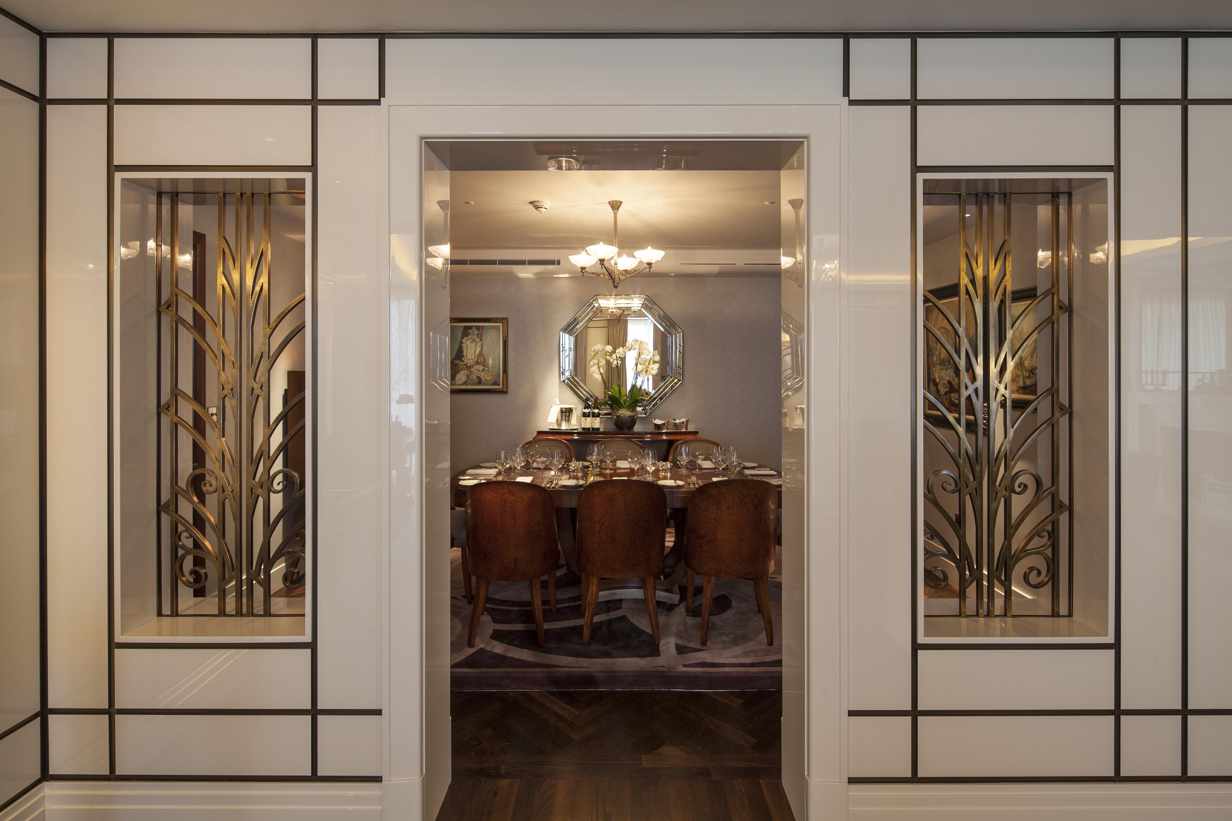 8306-presidential-dining-doorway.jpg
