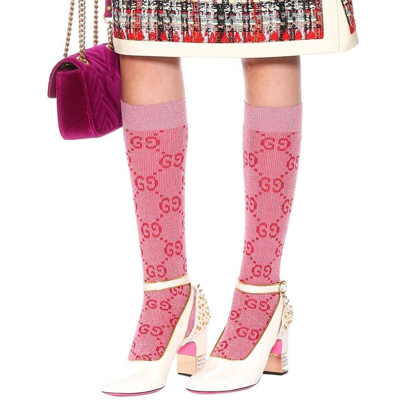 GUCCI<br />€ 110<br />https://www.mytheresa.com/en-de/gucci-gg-cotton-blend-socks-853422.html