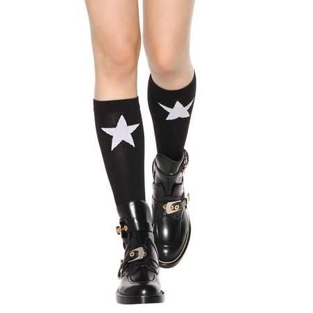 GIVENCHY<br />€ 190<br />https://www.mytheresa.com/en-de/000793-wool-blend-socks-798244.html