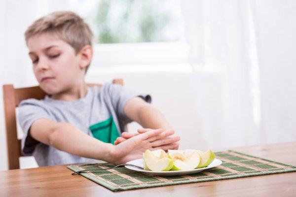 """""""Válogatós a gyerekem."""" – Mikortól jelent problémát a szelektív evés?"""