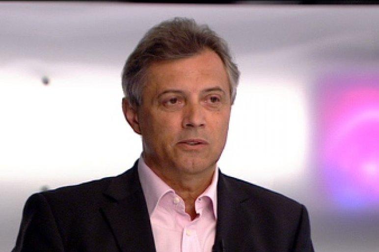 Földi László nyilvánosan, a Fidesz pártlapjában mondott fel Tarlósnak, hogy migráncsozhasson
