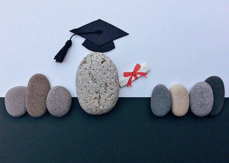 Az érettségi jó alkalom felmérni az iskolák kormány iránti elkötelezettségét