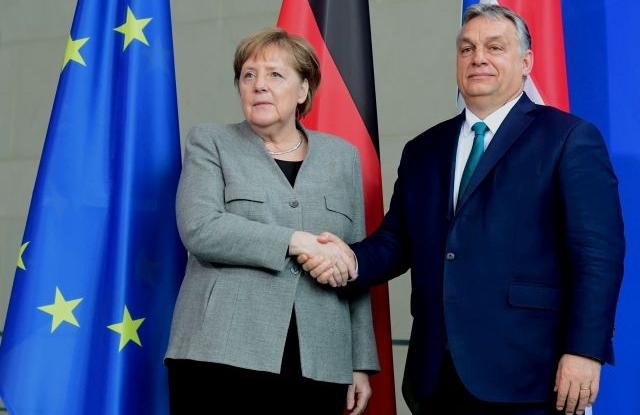 A németek felajánlották Orbánnak, válasszon a pénz és az autokrácia között