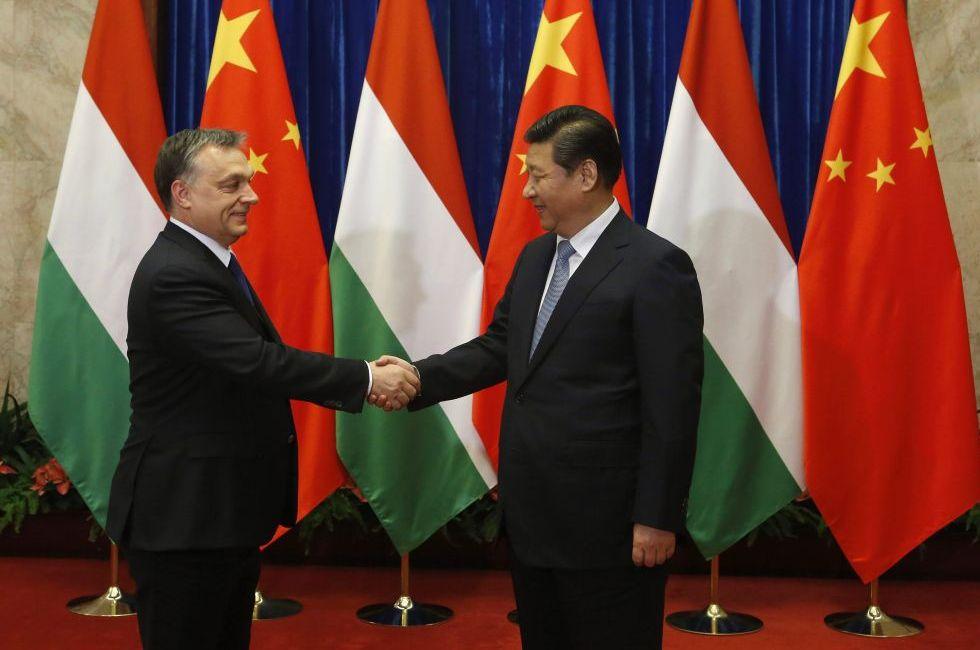 Nehéz eldönteni, hogy Orbán újabb kirohanása ostoba fenyegetőzés, totális amnézia vagy a kommunizmus győzelme