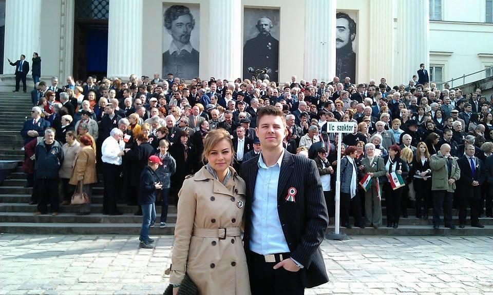 Fideszes alpolgármester felesége esett neki Karácsonynak az állami tévén