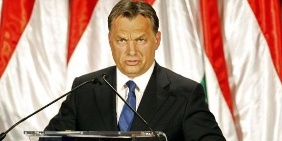 """Orbán és Matolcsy közösködtek, minden """"happy"""" lesz – pedig olvasóink jobb tippeket adtak nekik"""