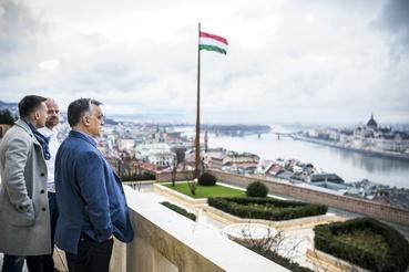 Tovább lőnek Orbán Viktorra