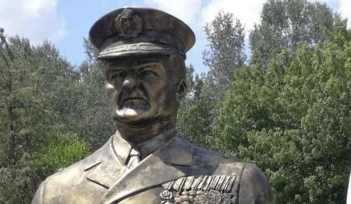 Mostantól Kiskunfélegyházán is van Horthy-szobor