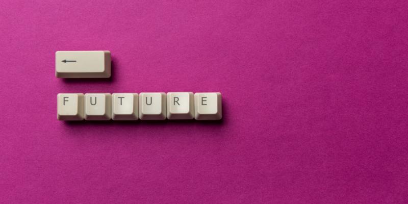 Nincs magánélet, nincs tulajdon: utópia vagy jövőkép?