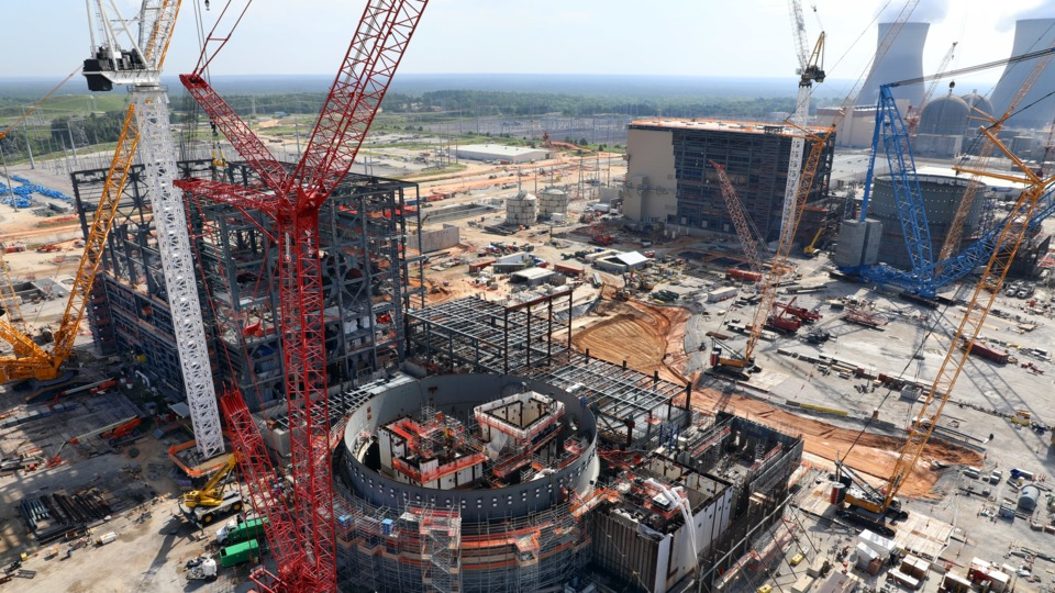 vogtle_nuclear_plant_construction_5bad33ba7ccdc.jpg
