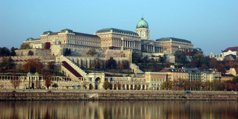 A helyi lakosokkal együtt készít klímatervet a Budavár