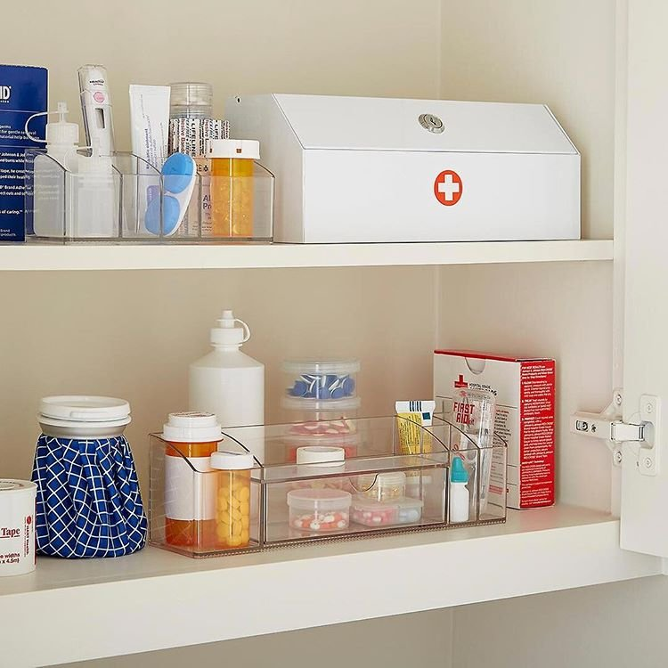 Rakj rendet a gyógyszeres szekrényedben most!
