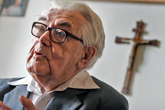 Bulányi György az egyházak állami támogatásáról