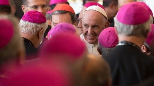 Ügynökök a püspöki karban