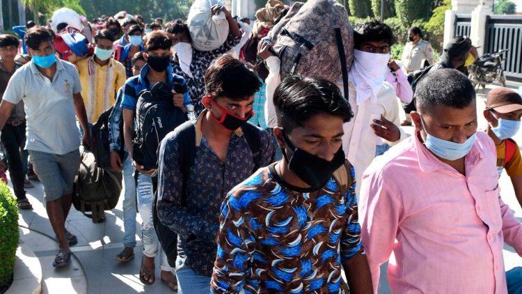 Egyre több menekült a világban