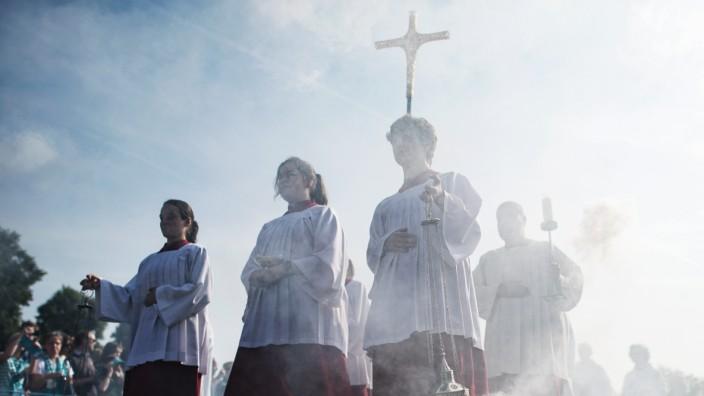 Az egyházi szexuális abúzusok okai a pszichológus szemével