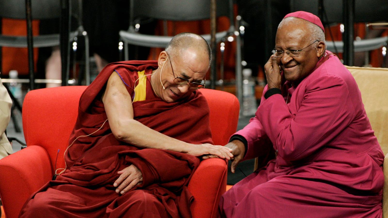 A Dalai Láma és Desmond Tutu videóüzenete a koronavírusról