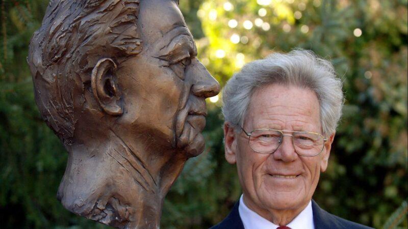 Útitársunk: Hans Küng (1928-2021)