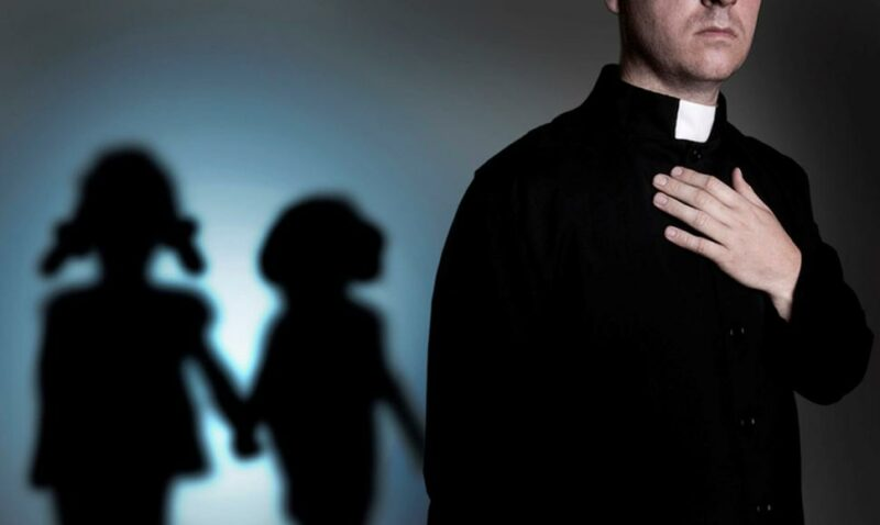 330 ezer áldozat a francia katolikus egyházban