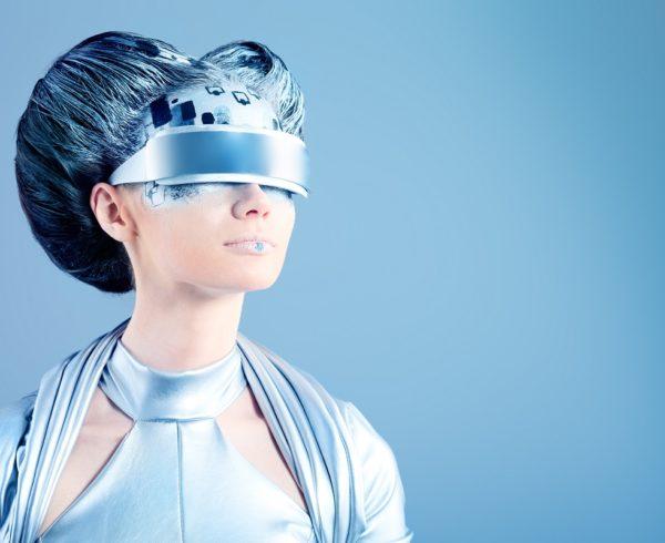 """""""Minden mozog, minden száguld, sebesen forog"""" – a jövő divatja, a divat jövője"""
