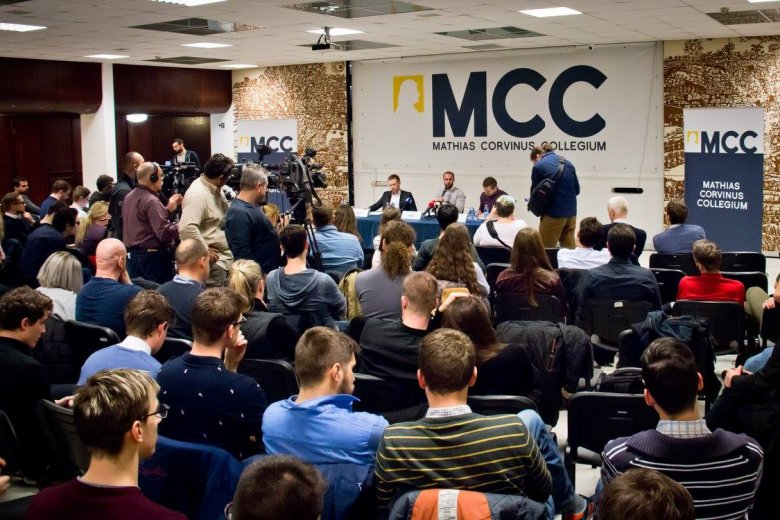 Erdélyi magyar másodéves egyetemistáknak hirdet felvételt az MCC kolozsvári  programja