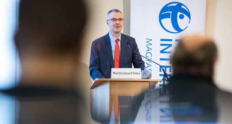 Jogállami deficit és távolmaradás az Európai Ügyészségtől – Felér egy beismerő vallomással