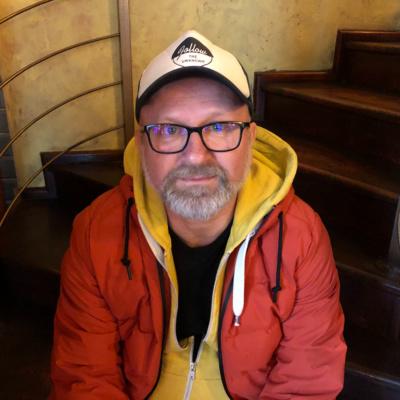 Wanted Podcast #18 //A Clash-től a pápáig – beszélgetés Prieger Zsolttal