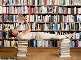 Jóga olvasás közben vagy olvasás jóga közben?