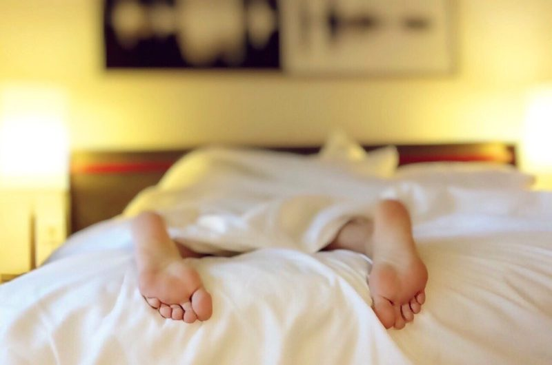 6 perces meditációs gyakorlat a jobb alvásért