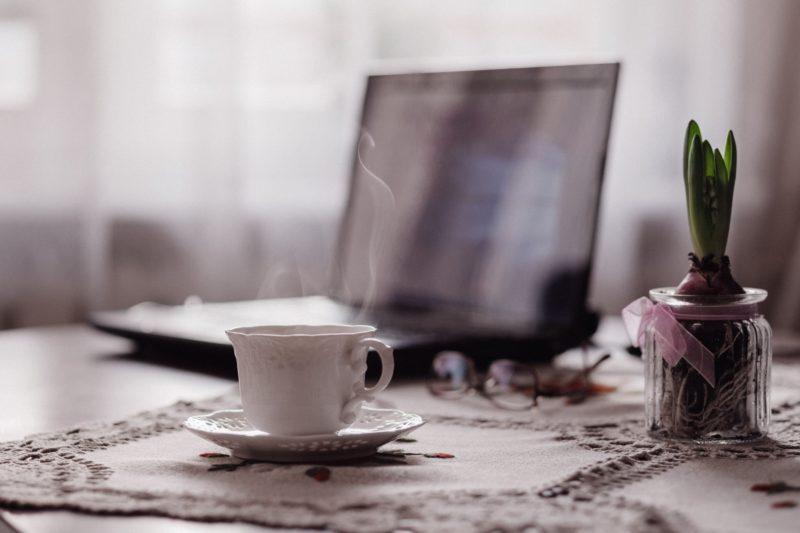 7 ászana, amíg lefő a kávéd